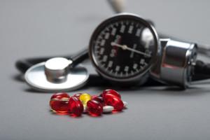 Si usted es hipertenso, tomar sus medicamentos según lo indicado por su cardiólogo.